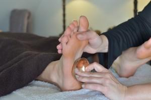 Reflexologie plantaire indienne au bol kansu- massage de bien être-Caen-aux mains de Caroline